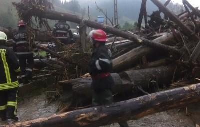 Inundaţii în localitatea Lunca de Jos (7)