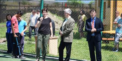 A-fost-inaugurat--terenul-de-sport-din-curtea-Complexului-de-Servicii-Miercurea-Ciuc
